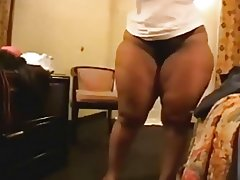 Thick BrickHouse BBW Shaking Her Big Ass