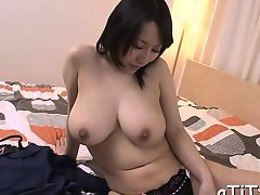 Heavy boobs asian's lusty insertion
